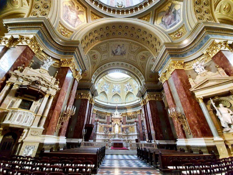 Bazilika Sv. Štefana z vnútra